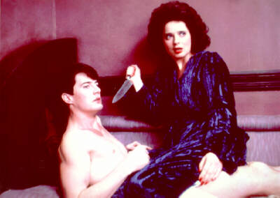 Kyle MacLachlan and Isabella Rossellini in 'Blue Velvet'